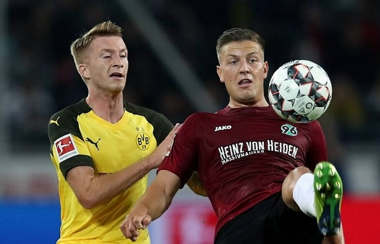 dortmund held on way to first scoreless draw of bundesliga season