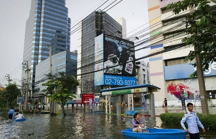 Bangkok climate conference sounds alarm ahead of UN summit