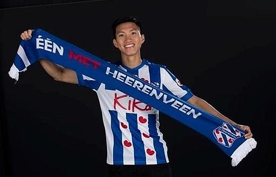 Vietnamese footballer signs contract with SC Heerenveen