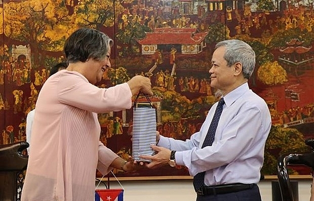 Bac Ninh shares experience in labour, employment with Cuba