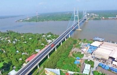 Vinh Long steps up socio-economic development