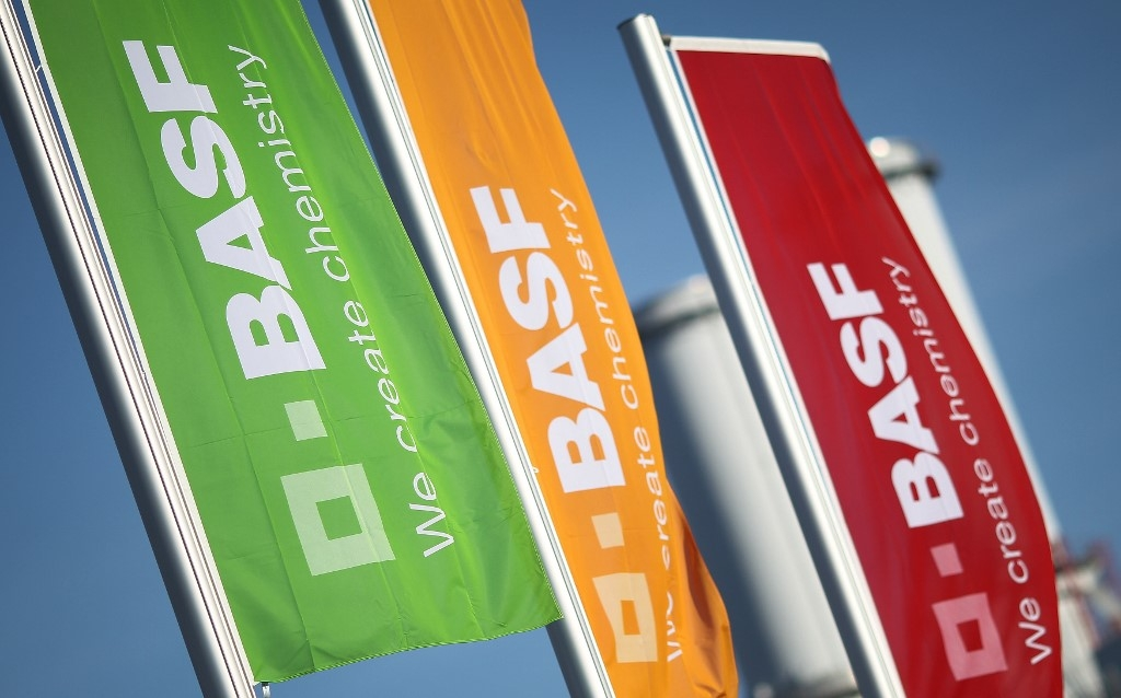 german chemicals giant basf to cut 2000 jobs