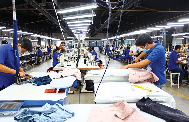 Garment and textile groups bemoan curbs