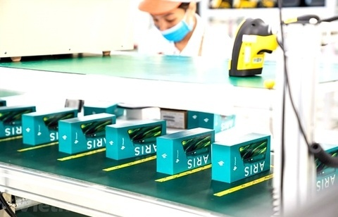VN-Index declines for a second day, weighed by Vingroup's shares