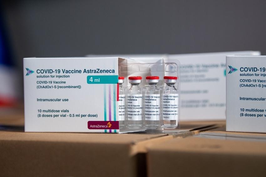 Vietnam receives 852,480 AstraZeneca vaccine doses granted by Germany via COVAX