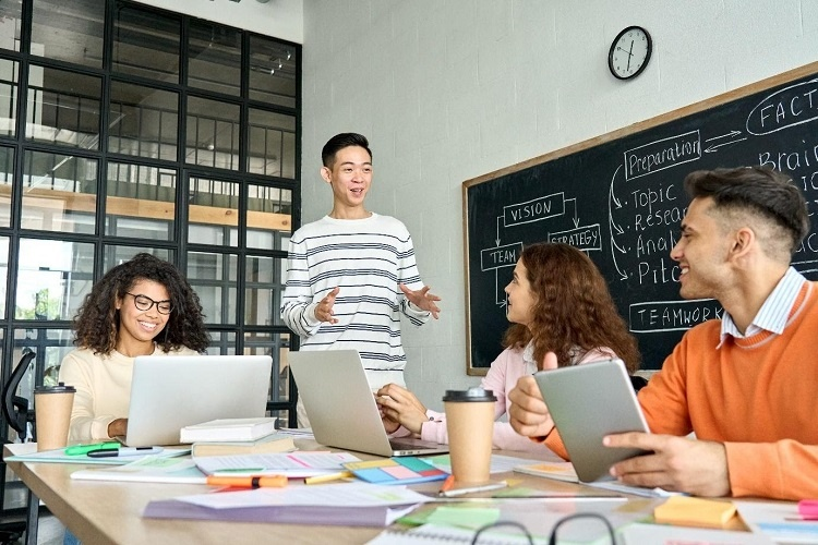 Modernising HR approaches to anticipate Gen Z wave entering the workplace