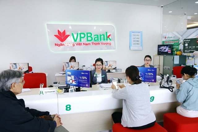 Banks in charter capital hikes to add momentum
