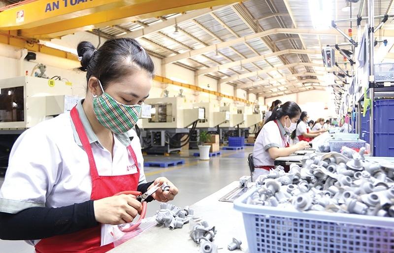 Economic status hinges on reopening