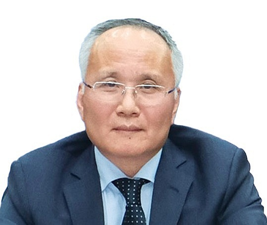 Deputy Minister of Industry and Trade Tran Quoc Khanh