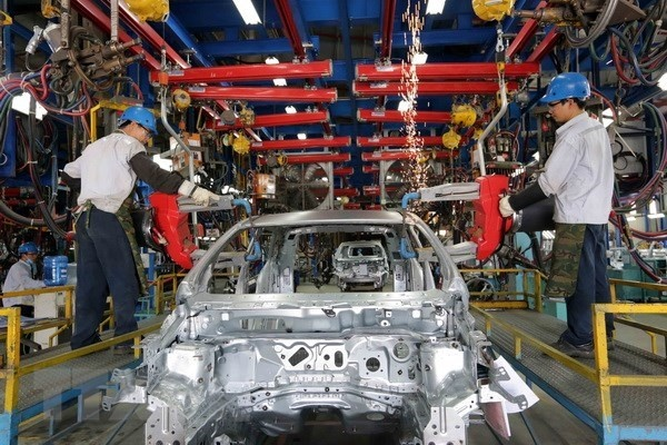 Vietnam may attract 30 billion USD in FDI this year: experts