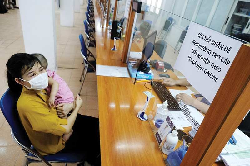 Vietnam Social Security is now ensuring social insurance benefits for employees at bankrupt businesses, Photo: Duc Thanh