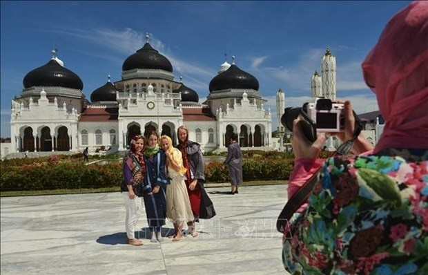 Indonesia invests 645 million USD in tourism revival