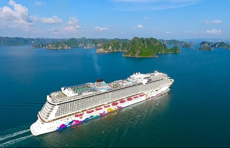 Ha Long Bay harbour to become operational next month