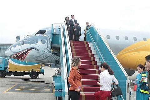 vietnam airlines to use new generation regional jet aircraft