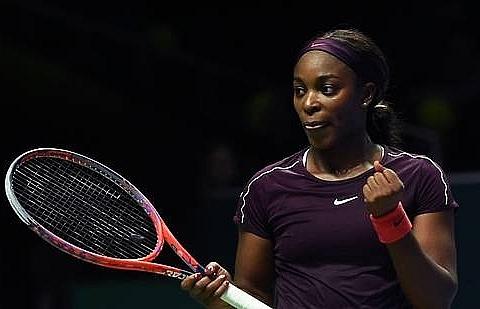 Stephens triumphs, Pliskova falters in WTA semi