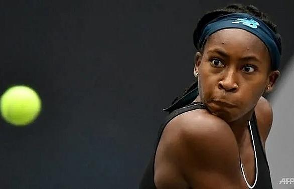 Gauff, 15, reaches first WTA quarter-final, youngest since 2005