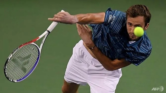 medvedev thumps zverev to win shanghai masters title