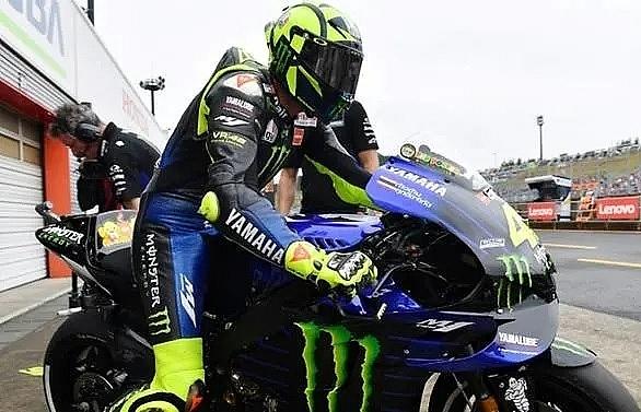 Italian legend Rossi hits 400th Grand Prix