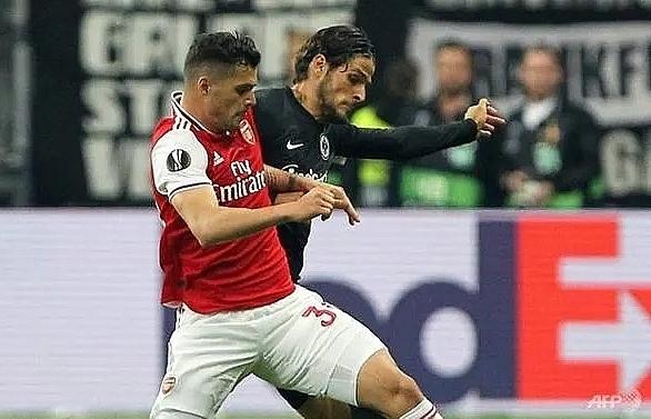 Granit Xhaka should apologise, says Arsenal boss Emery