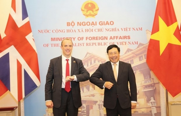 vietnam uk to develop strategic partnership to higher level officials