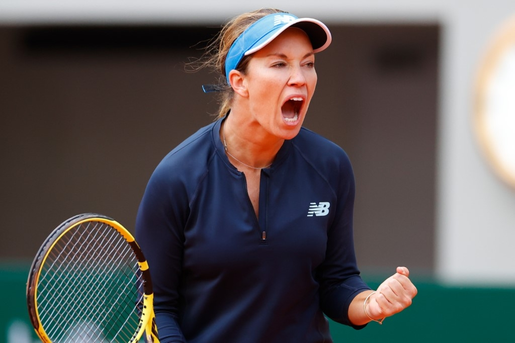collins driven on by memories of 50 and greyhound bus at roland garros