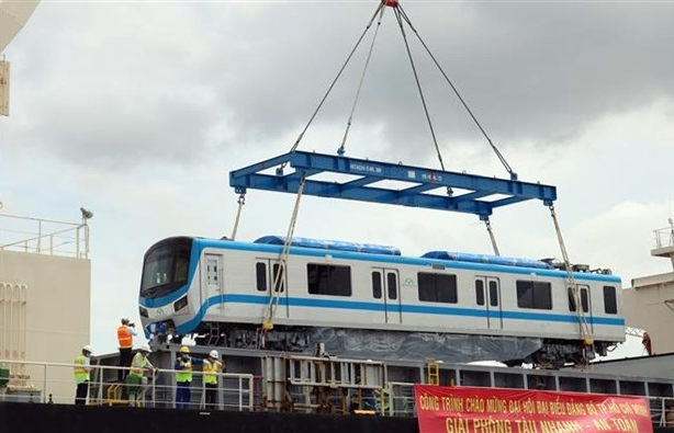 First train for HCM City Metro Line No 1 arrives from Japan