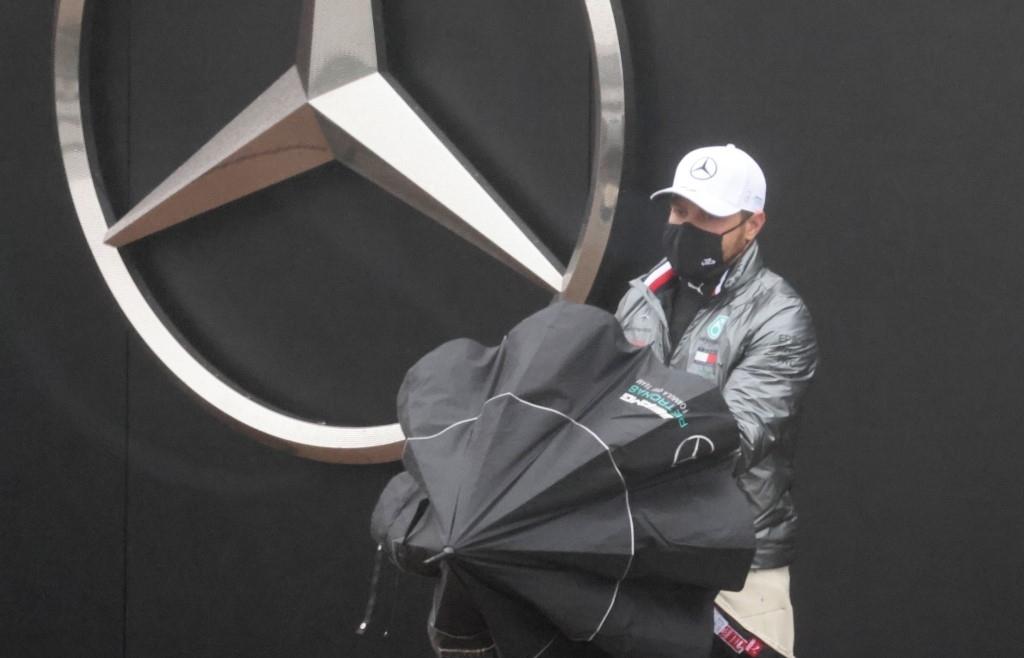 Hamilton, Bottas living 'like hermits' after Mercedes virus outbreak