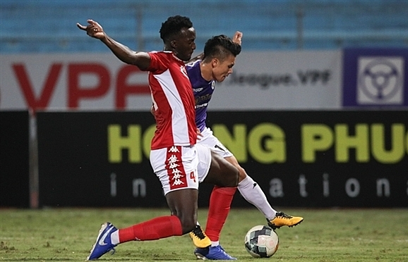 HCMC FC defender calls Quang Hai an 'excellentactor' after penalty controversy