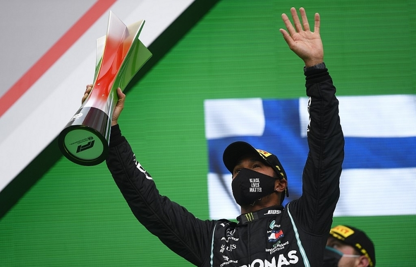 Hamilton usurps Schumacher with record 92nd F1 win in Portugal