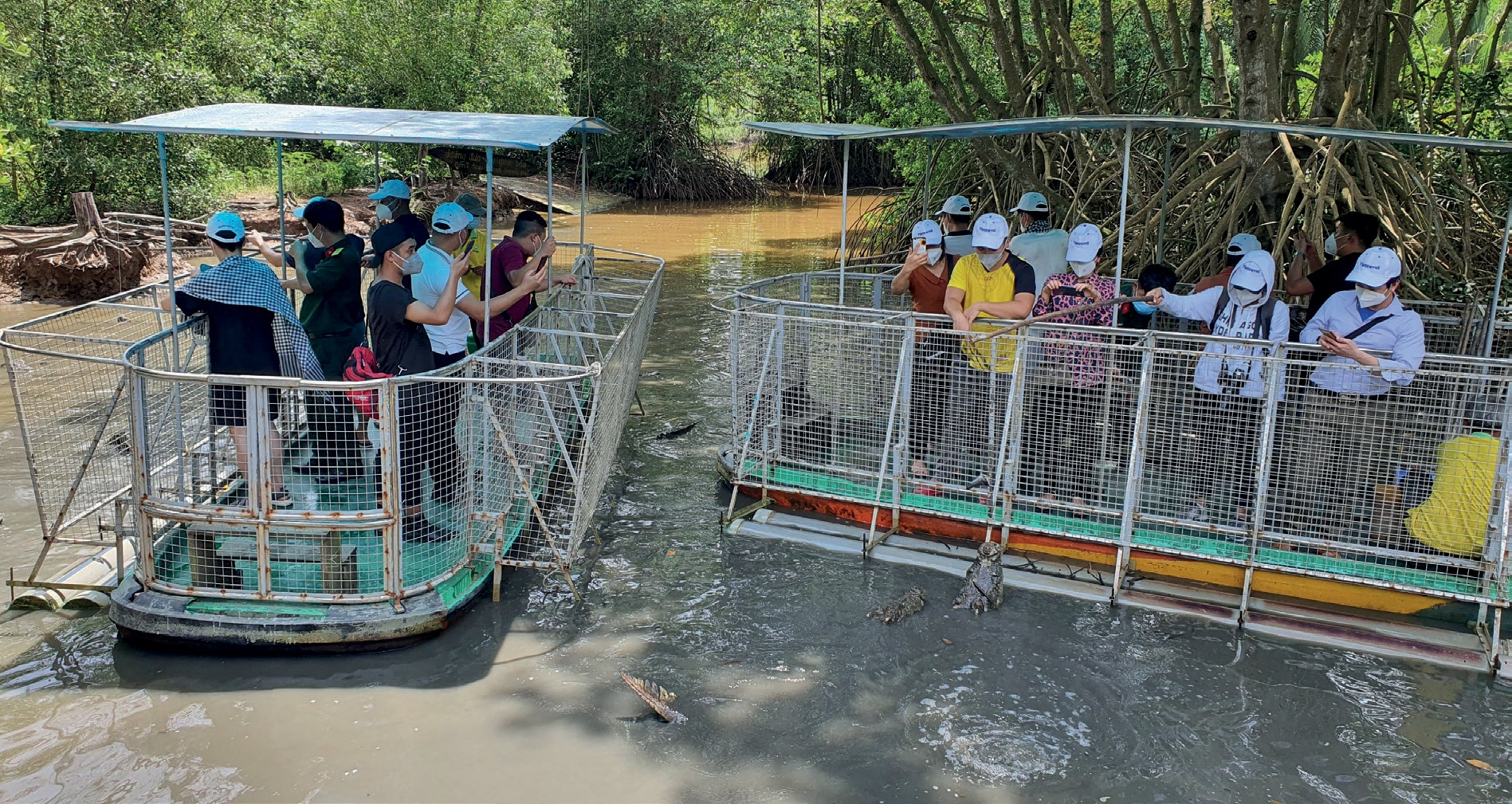 Vietnam's businesses ready to welcome new tourists