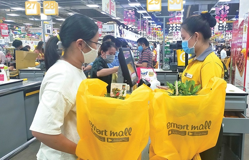 Local retailers fortify market share at home