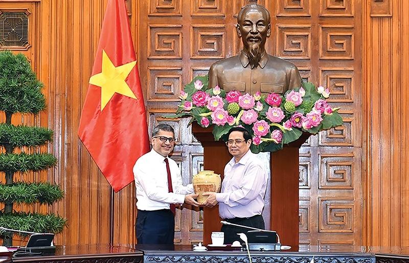 AstraZeneca fosters sustainable health development of Vietnam
