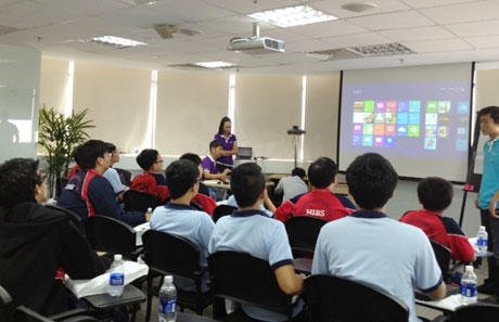 Extend the role of ICT in and beyond classroom with Windows 8