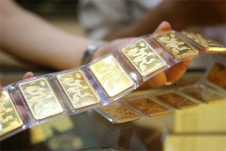 Gold hits 2-month high on US presidential election's developments