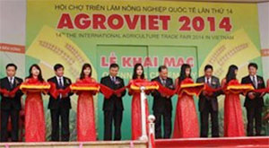 vietnams largest agriculture trade fair opens in hanoi