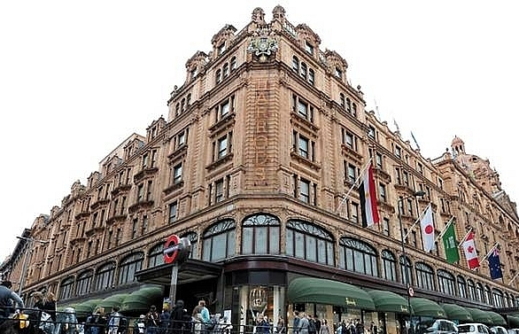 woman who spent 16m at harrods bailed at extradition hearing