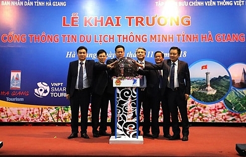 ha giang launches website mobile app to promote tourism