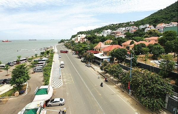 vung tau turns up heat on delayed investments