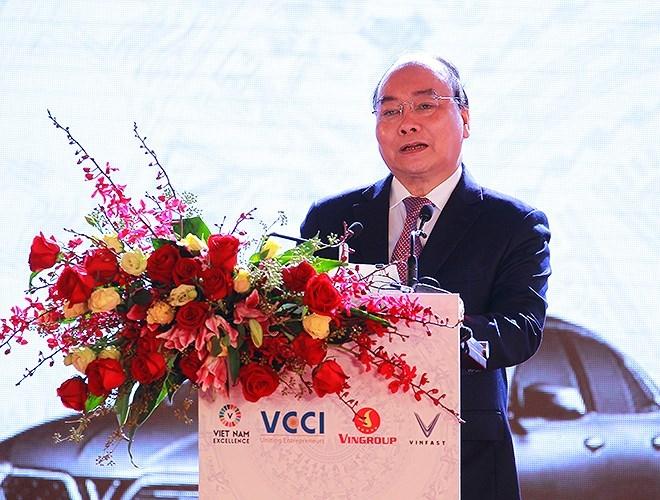 prime minister witnesses debut of vinfast automobile models