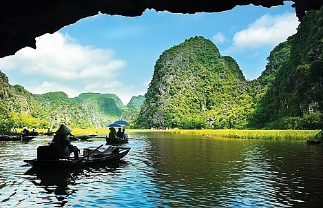 Ha Long Bay shines in Around DB's list of best holiday places with wow factor