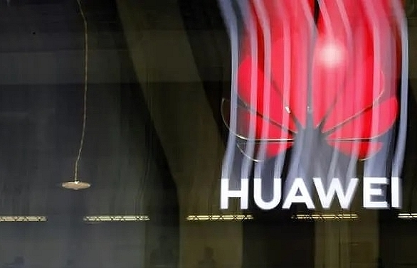 Huawei pushes 5G in Southeast Asia, brushing off 'tech war' with US