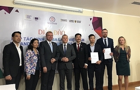 firms from hanoi and poland seek co operation