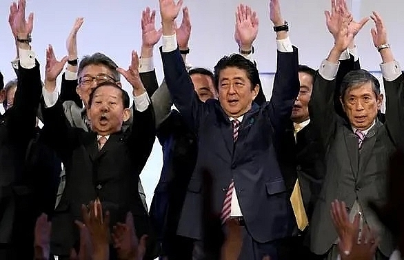 2,887 days: Abe becomes Japan's longest-serving prime minister