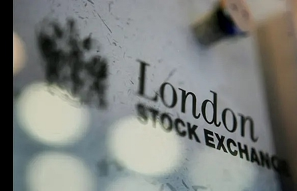 European stock markets retreat on revived trade concerns
