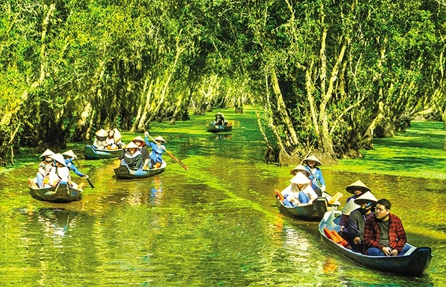 An Giang turns tourism into cutting-edge sector