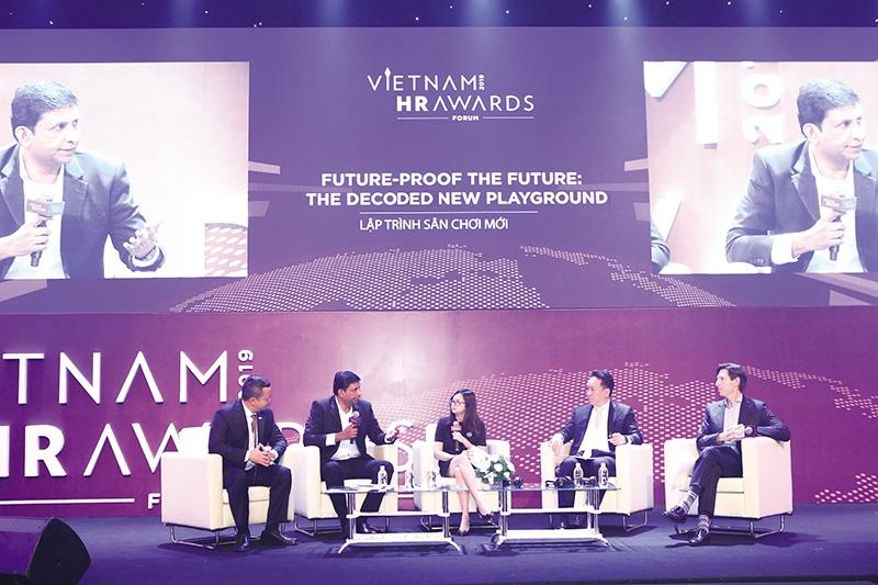 future lessons at the vietnam hr awards forum 2019