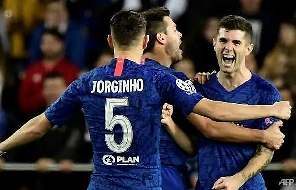 Chelsea made to wait for last 16 spot after draw in Valencia