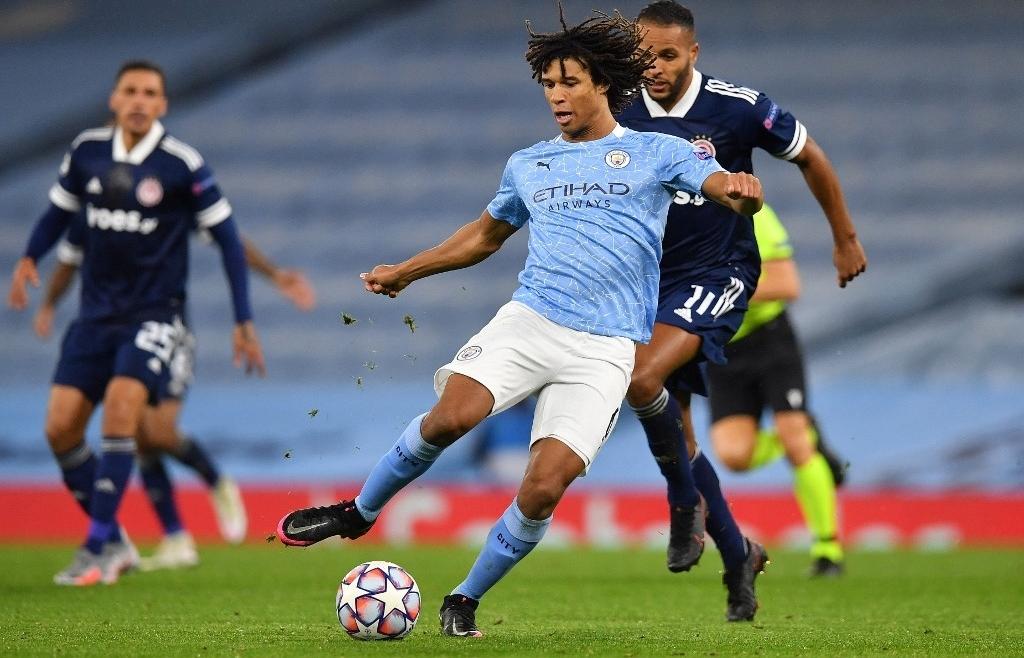 Man City face Liverpool showdown, Solskjaer under fire