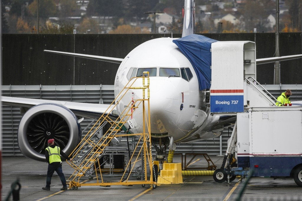 boeing sees more cancelled orders as max nears return