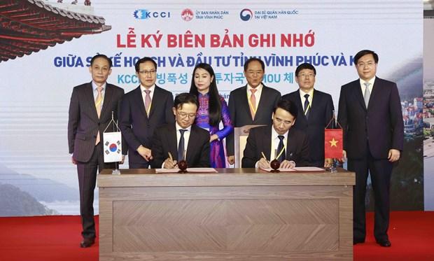 vinh phuc sees rok investors as key official